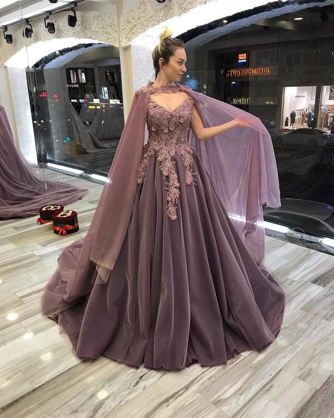 Gorgeous Cape Ball Gown Wedding Dress Lace Appliques Beaded Women Bridal Gowns.5404