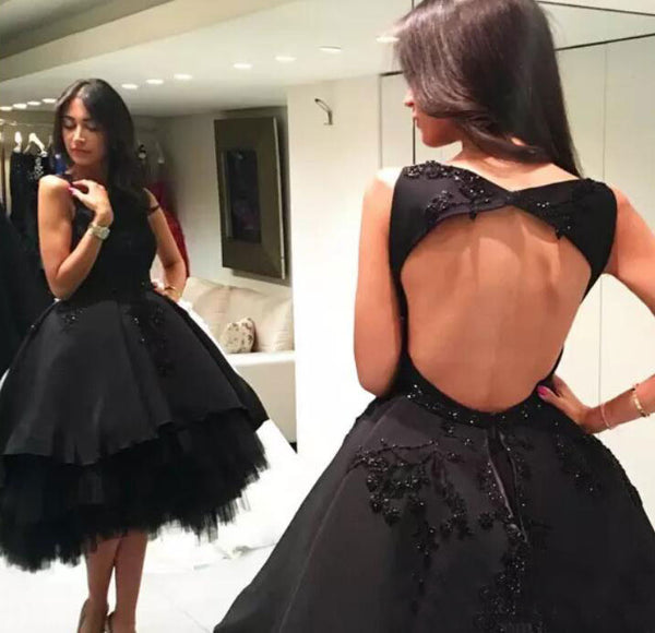 BLACK BACKLESS KNEE LENGTH HOMECOMING DRESSES WITH APPLIQUES,B0739