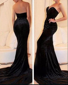 Black Velvet Sweetheart Floor Length Mermaid Bridesmaid Dress Featuring Sweep Train, D0381