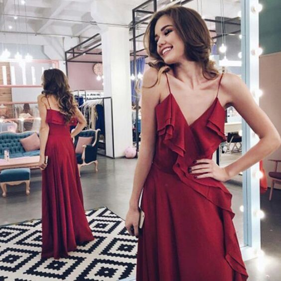 F0043 Charming Burgundy Prom Dresses Spaghetti Straps Floor Length With Ruffles Prom Dress