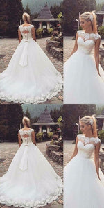 Chic Tulle Ball Gown Wedding Dress With Lace Appliques, F0459