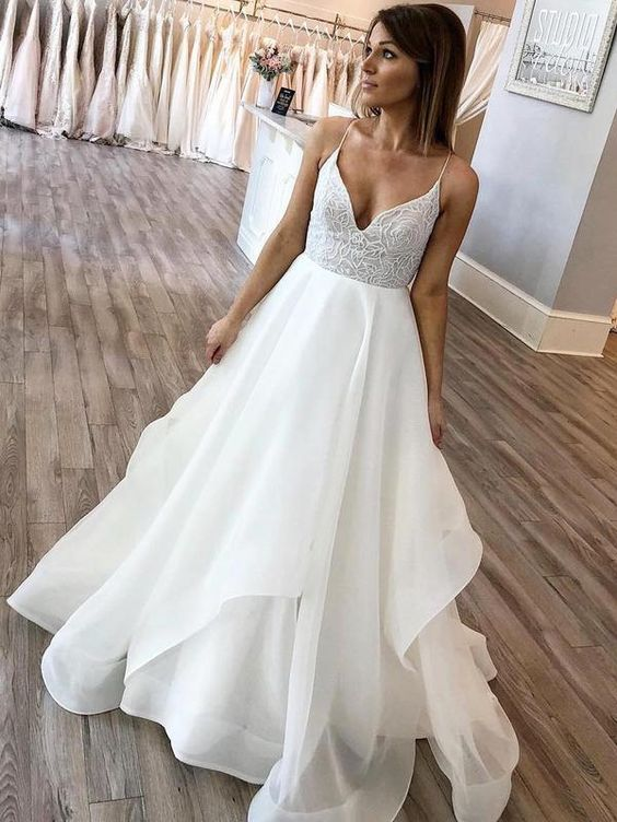 Country Wedding A-line Half Sleeves V-neck Lace Chiffon Beach Wedding Dresses Boho , M0316