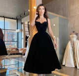 Simple Black Velour Evening Party Dresses Halter Short Prom Dresses Tea Length 2021 Special Occasion Gowns Plus Size.DR4459