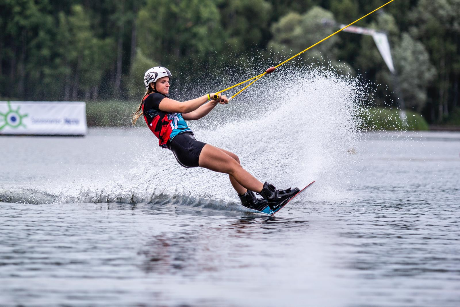 Izzy Goode x Recovapro : Team GB wakeboarder