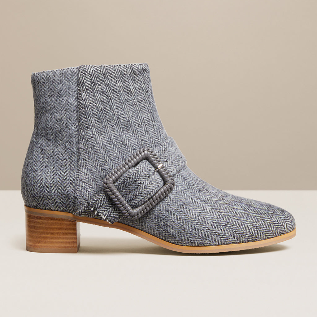 products/JR_IzzieHerringboneBootie_Grey_B.jpg