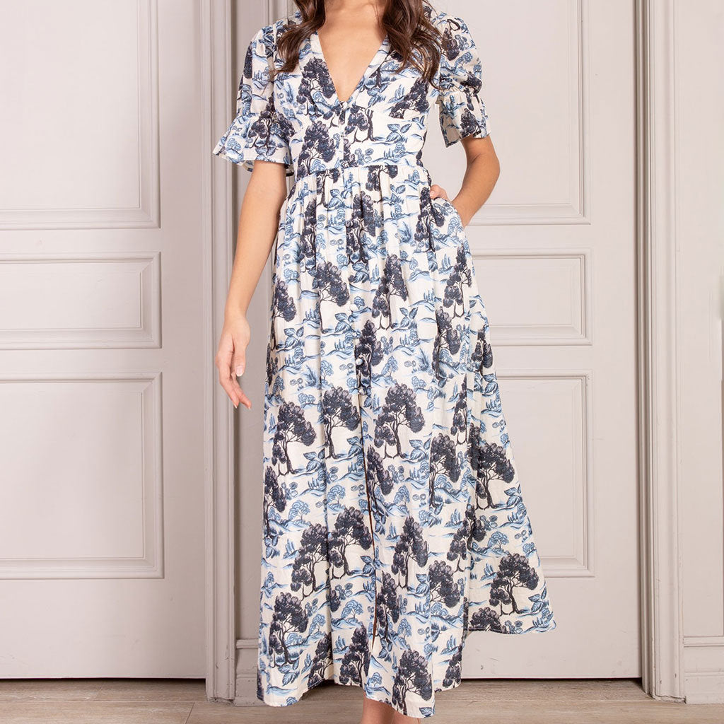 SENLIS Valentine Button Down Short Sleeve Maxi Dress