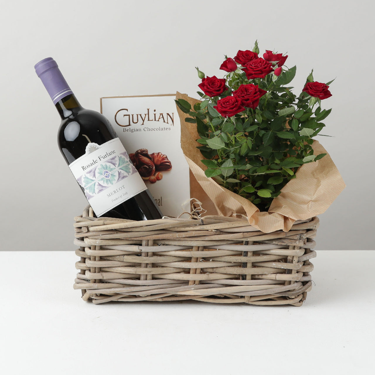 Red Wine and Rose Plant Hamper