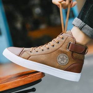2019 New Fashion Casual Shoes Men High Top PU Leather Cheap Sneakers Autumn Spring Outdoor Breathable Men Shoes Big Size:39-47