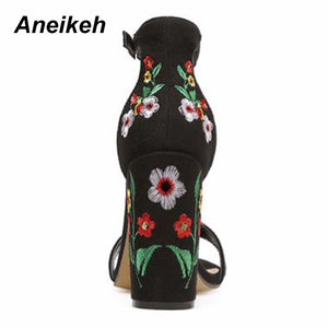 Aneikeh New Flowers Embroidered Shoes Women Sandals Sexy Open Toe Gladiator High Heels Women Shoes Black Size 35-40