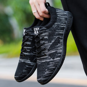Fashion 2019 Summer Breathable Mesh Men's Shoes Black Super Light Lace Up Tenis Masculino Shoes Men Sneakers Soft Comfortable
