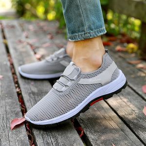 Casual Shoes Men Slip on Sneakers 2019 Summer Breathable Mens Flats Off White Black Shoes Mesh Loafers Zapatos De Hombre XX-539