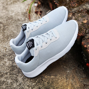2019 New of Men's Sports Shoes Big Size Comfortable Running Shoes Vigorous Strides Sport Shoes Mesh Breathable Sneakers