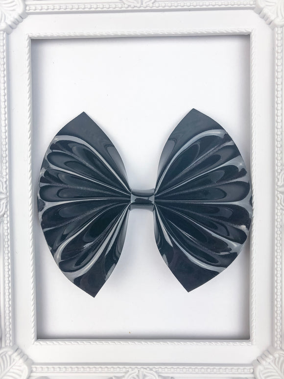 Stylish Black Bow