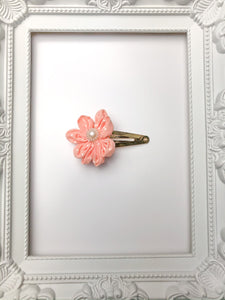 Peach Spotted Floral Fringe Clip