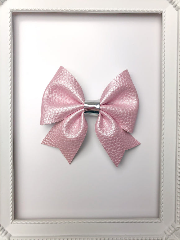 Lilac Pearl Sailor Bow