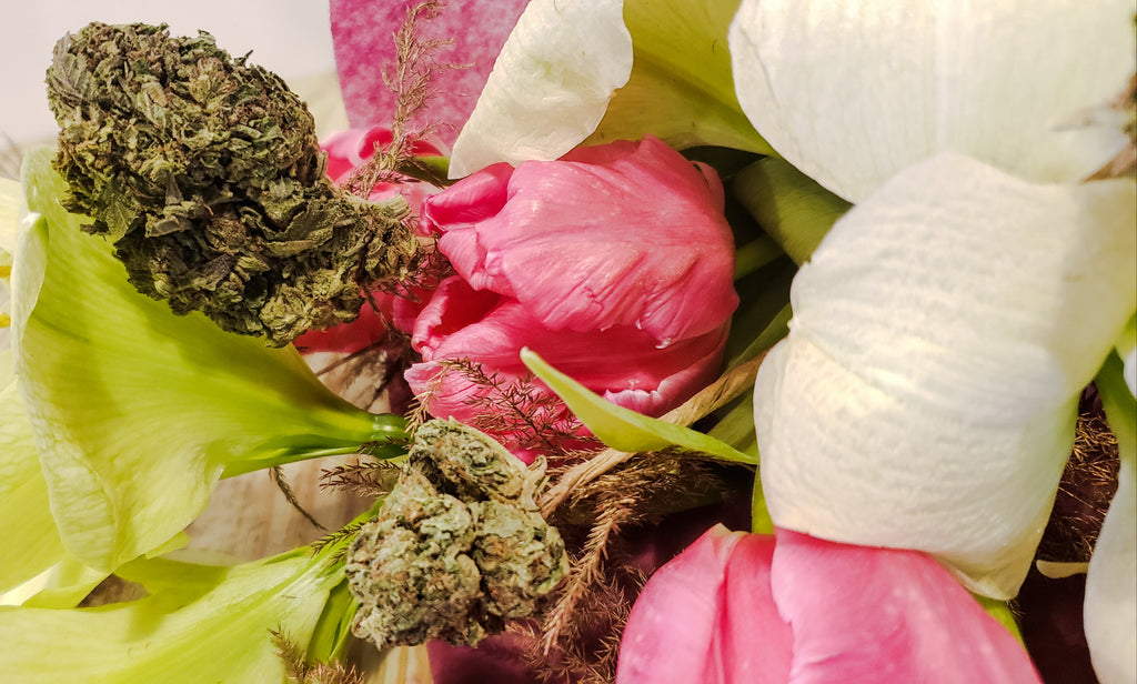 ❤️Say Happy Valentine's Day with a BHM CannaBouquet