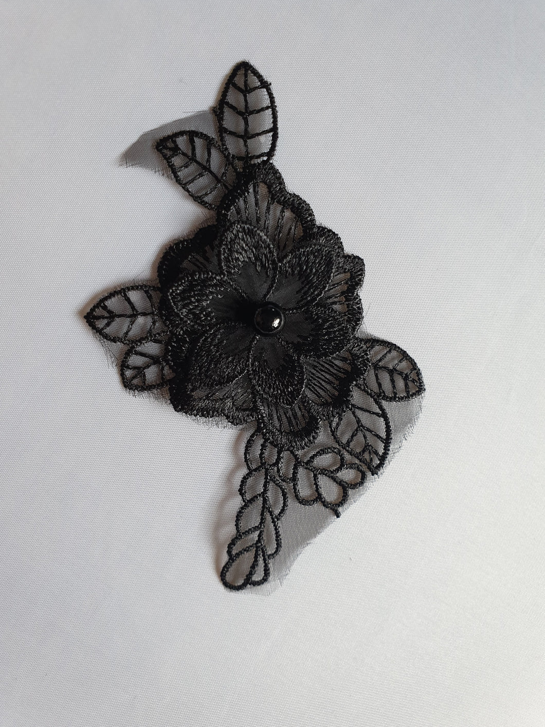 Black flower motif - In Stock