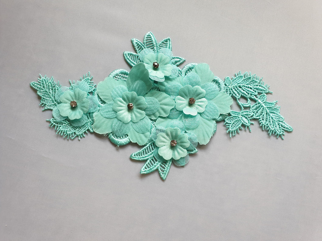 Mint green diamante flower motif - In Stock