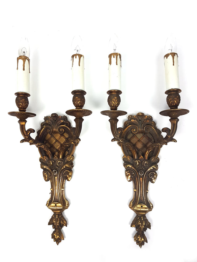 Pair of Bronze Wall Sconces Decorated with Ram Heads and Roses - Historical Lights