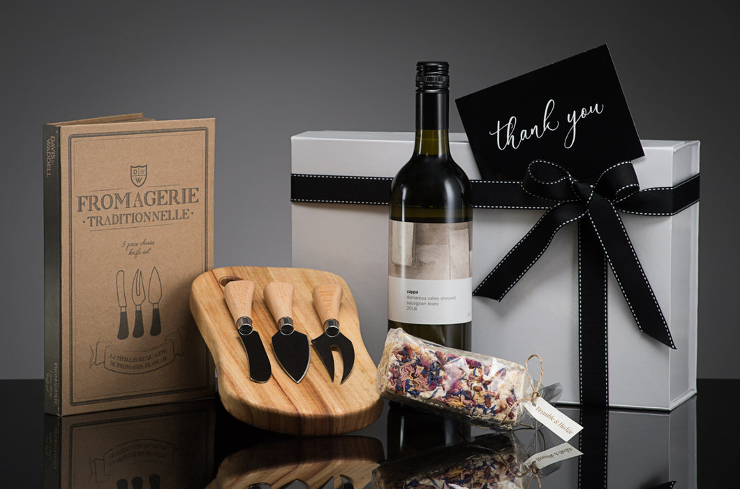 CORPORATE ENTERTAINER GIFT BOX