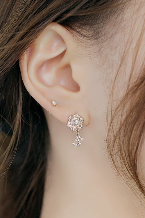 SOO & SOO Flower Five Clip-On Earrings