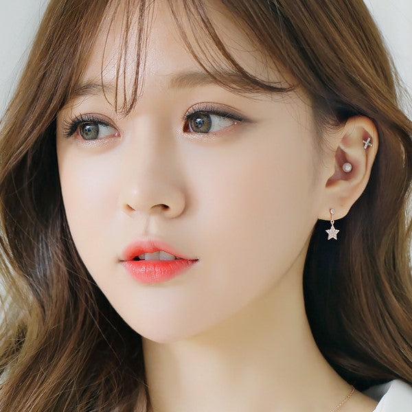 Soo & Soo Irene Star Earrings