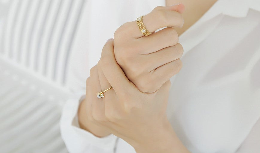 Soo & Soo Pearl and Star Ring