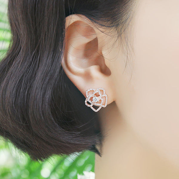 Soo & Soo Rose Earrings