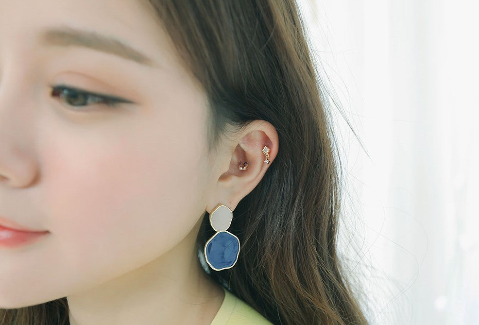 SOO & SOO Pretty Drop Stud Piercing