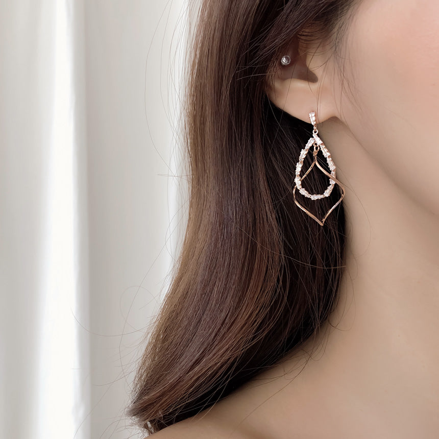 Soo & Soo Echo Wavy Drop Earrings