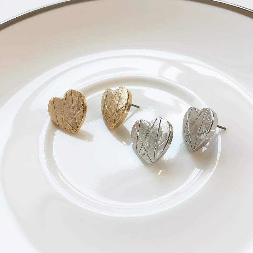 Soo & Soo Love Flat Heart Earrings