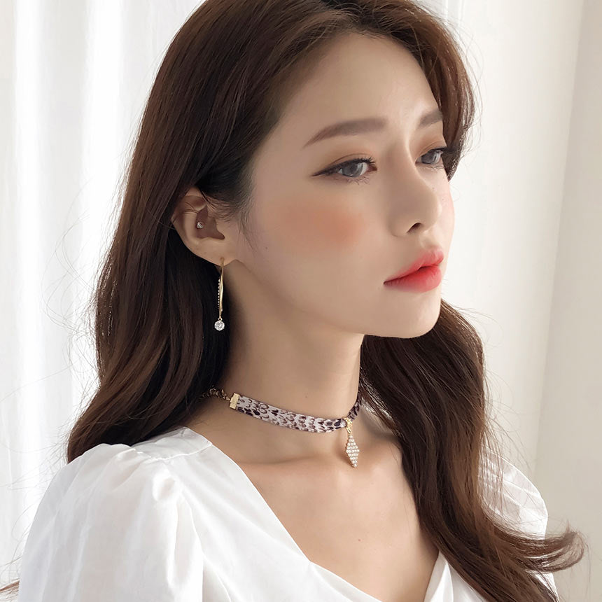 Soo & Soo Diamond Shape Pendant Python Choker Necklace
