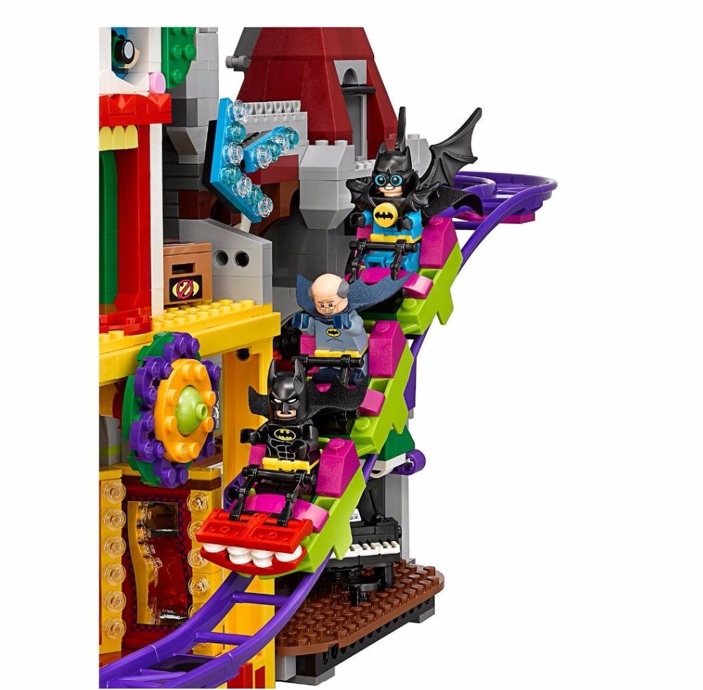 New Arrival 3857Pcs Batman Movie The Joker Manor  Building Block Brick Toy Kids Gift