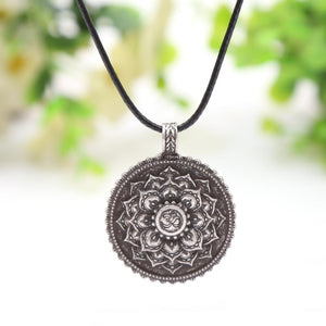 2017 Yoga Inspired Lotus Flower Necklace
