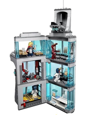 2017 New Arrival Iron Man -  Avenger Tower with 551 Pcs