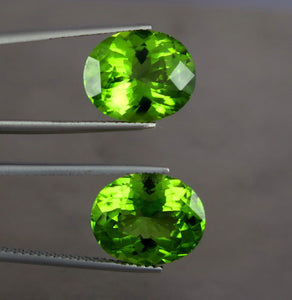 IF 15 Carats Top Quality Perfet Oval Pair Natural Green Peridot from Pakistan.
