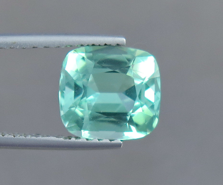 Flawless 2.60 Carats Natural Excellent Cut Tourmaline Gemstone from Afghanistan.