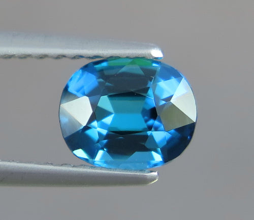 Flawless 1.0 CT Excellent Cut Natural Top Sapphire Blue Tourmaline Gemstone from Afghanistan.