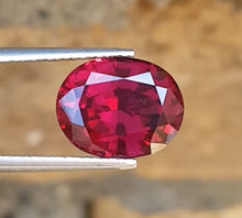 Load image into Gallery viewer, 5.60 CT Natural Rodhalite Garnet From Tanzania.