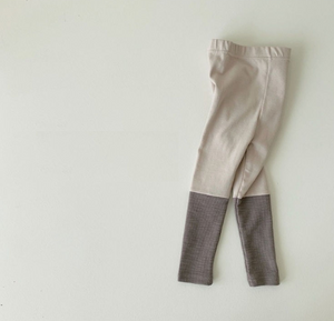 Billie's Legging - Cream on Grey - jacksplot