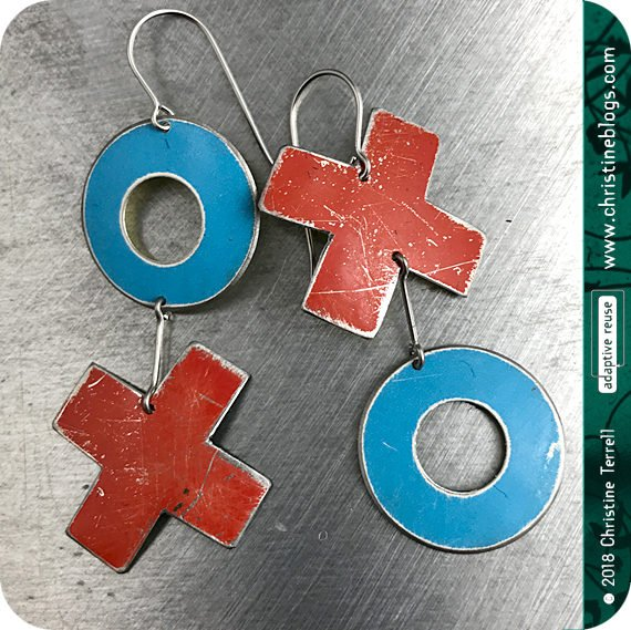 XOXO Blue & Red Hugs & Kisses Zero Waste Tin Earrings