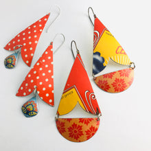 Load image into Gallery viewer, Bright Orange Flowers Vintage Tin Arrows Earrings