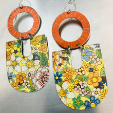 Load image into Gallery viewer, Shimmery Pumpkin & Allover Flowers Chunky Horseshoes Zero Waste Tin Earrings