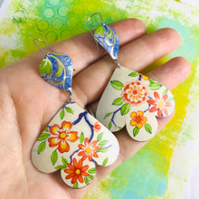 Load image into Gallery viewer, Beautiful Flowers Trefoil Upcyled Tin Earrings