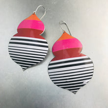 Load image into Gallery viewer, Mod Linear Double Onion Zero Waste Tin Earrings