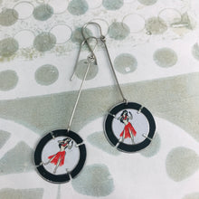Load image into Gallery viewer, Hula Dancer Tabbed Circles Tin Earrings