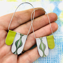 Load image into Gallery viewer, White and Green Ogee Arch Dangle Tin Earrings