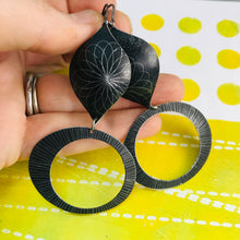 Load image into Gallery viewer, Retro Spirograph Ogee Zero Waste Tin Earrings