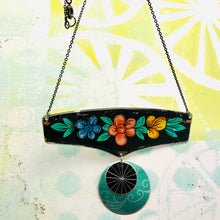 Load image into Gallery viewer, Flowery Edge on Black Wide Arc Zero Waste Necklace