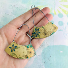 Load image into Gallery viewer, Weathered Bluets Wide Arc Zero Waste Earrings